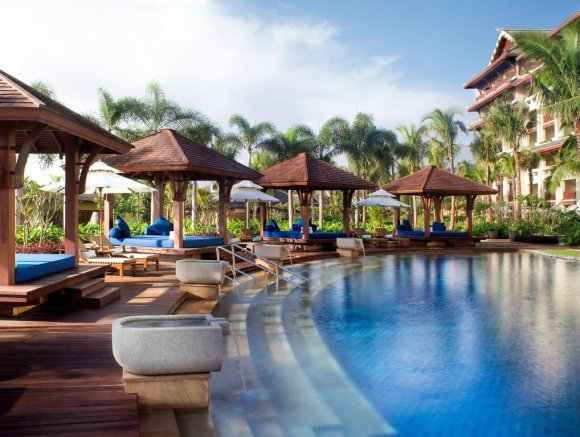 The Ritz-Carlton Sanya Yalong Bay 5*